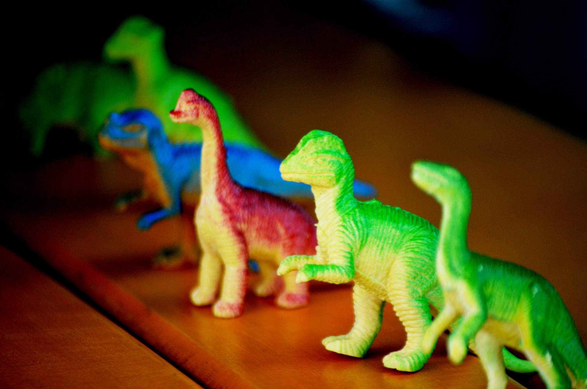 toy-dinosaurs